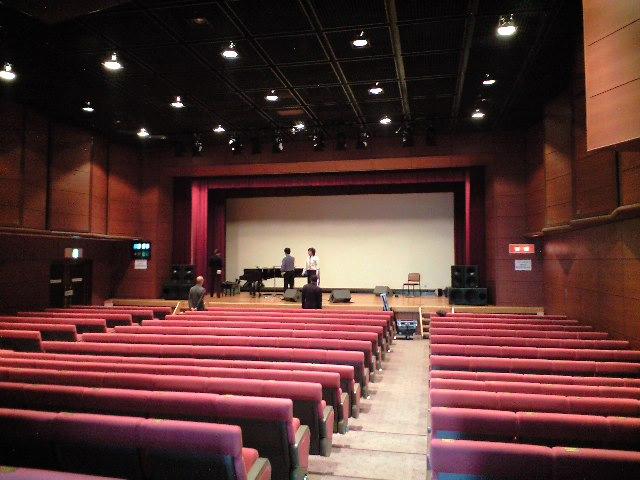 横須賀・さいか屋ホール