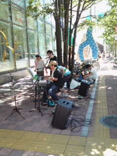 上大岡駅前・ストリートライヴ